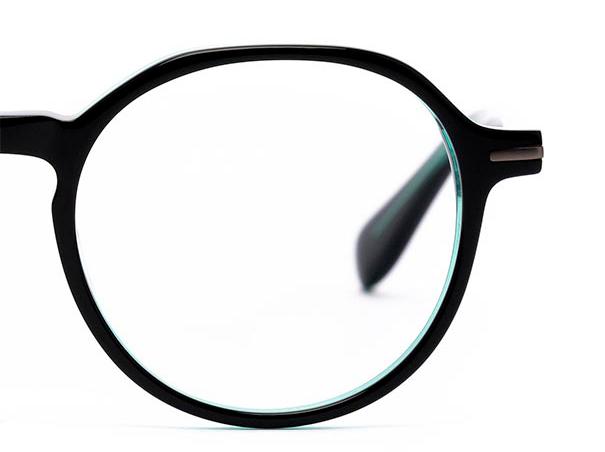 Half a pair of round glasses