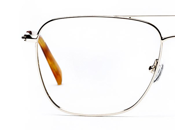 Half a pair of large square glasses